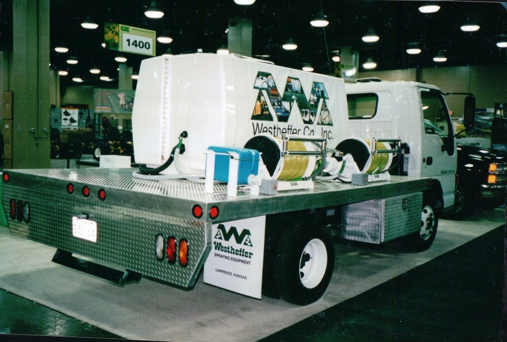 600 Gallon Lawn and/or Tree Spray Truck
